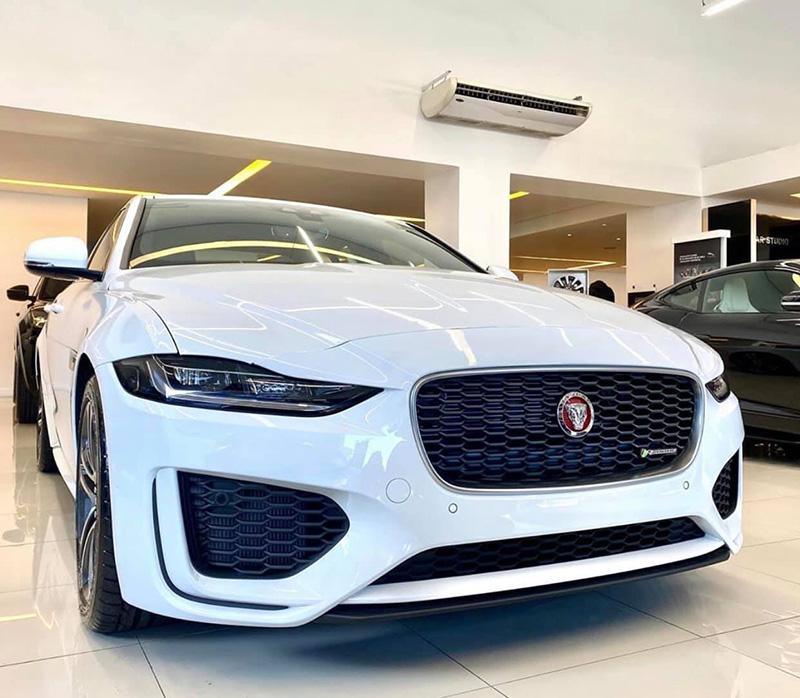 Giá xe Jaguar