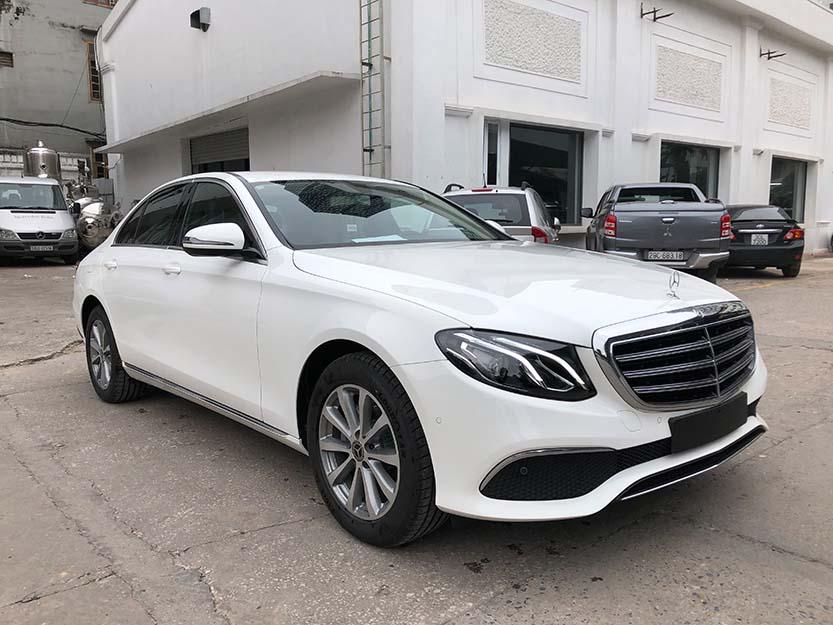 Giới thiêu xe Mercedes E200 2018, thông số kỹ thuật và giá bán xe E200