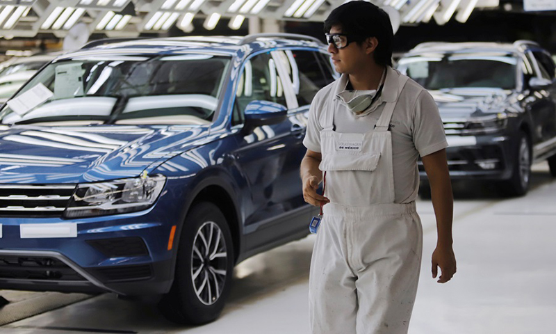 Dù nghỉ do dịch bệch Covid 19, Volkswagen tiêu 2,2 tỷ USD/tuần để trả lương nhân viên đầy đủ từ Audi, Bentley, Bugatti, Lamborghini, Porsche, Seat, Skoda tới Ducati, MAN và Scania