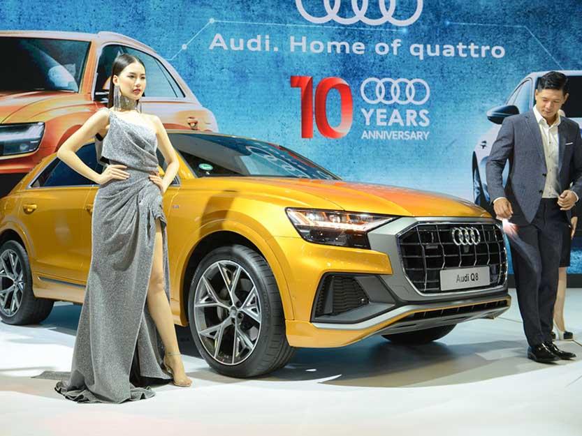 Vieo giới thiệu Audi Q8 theo CarWow