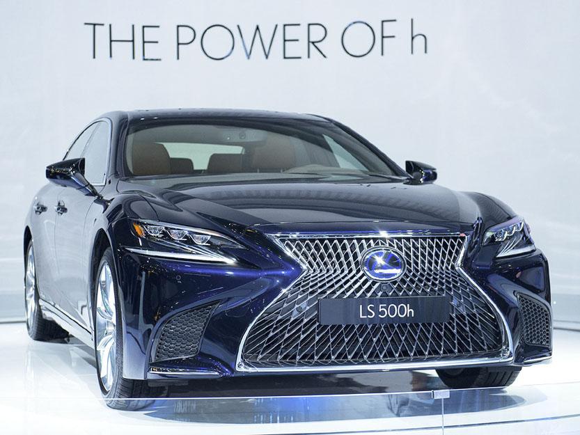 Bảng giá xe Lexus mới nhất
