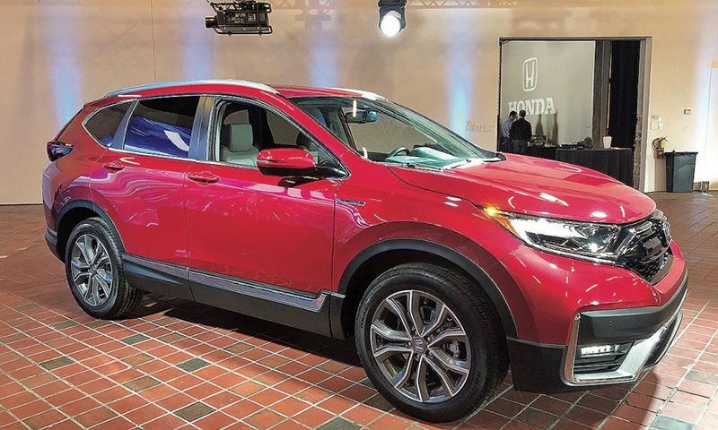 Đại lý giảm giá mẫu xe Honda CRV nhằm dọn kho, để nhường chỗ cho xe lắp giáp để miễn 50% trước bạ