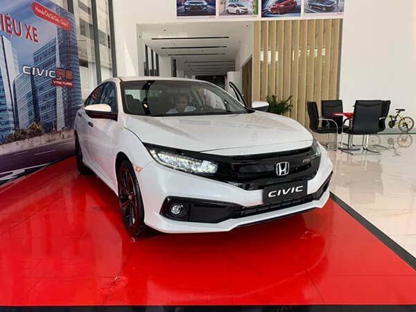 Giá xe ô tô Honda Civic 2019, kèm giá lăn bánh (05/2019)