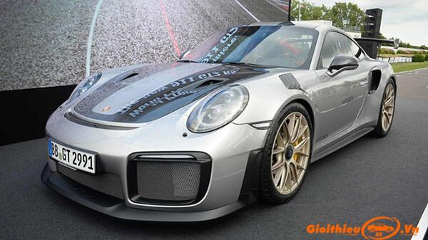 Chi tiết xe Porsche 911 GT2 RS 2019, kèm giá bán 10/2019