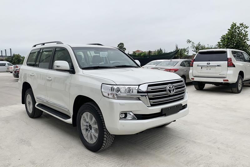 Thị trường ô tô Việt Nam sẽ thiếu xe bán vào dịp hè