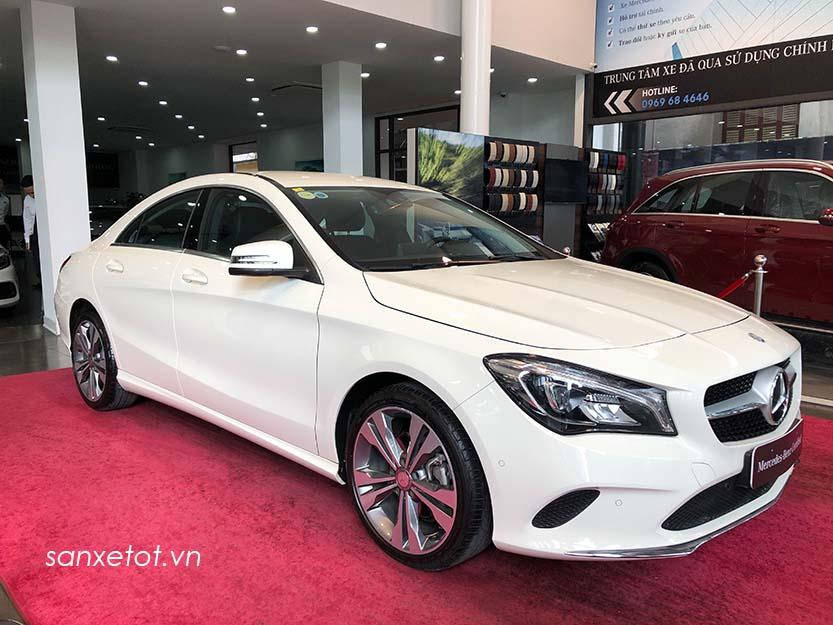 Xe Mercedes CLA 200 cũ đăng ký 2017 chạy 9800 km giá chỉ 1,360 tỷ