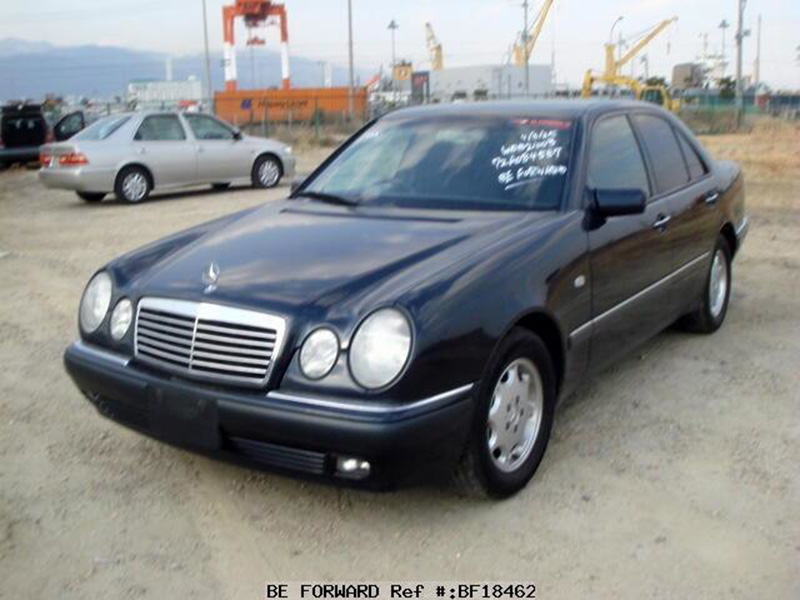 Bán xe Mercedes E230 đời 1996