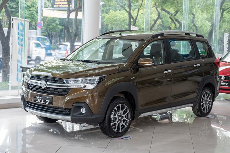 Suzuki XL7 bất ngờ đắt hàng, vượt các xe toyota, bám đuổi vua doanh số Xpander