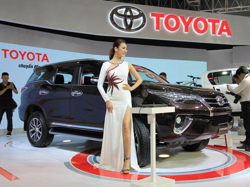 Bảng giá xe Toyota mới nhất tháng 10/2020