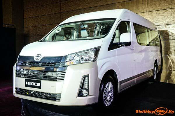 Chi tiết xe Toyota Hiace 2020, kèm giá bán mới nhất tháng 04/2020