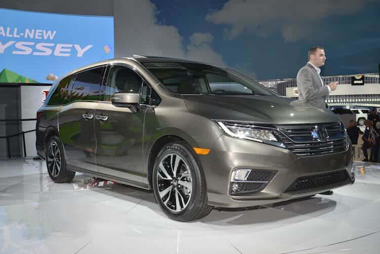 Giá xe Honda Odyssey 2019, kèm giá bán, giới thiệu xe odyssey 5/2019